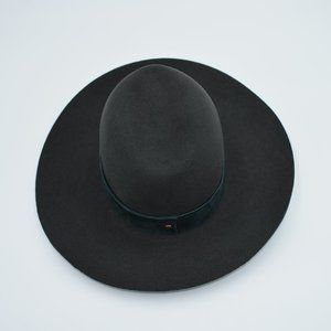 Janessa Leone Green Wool Suede Trim Hat SZ S